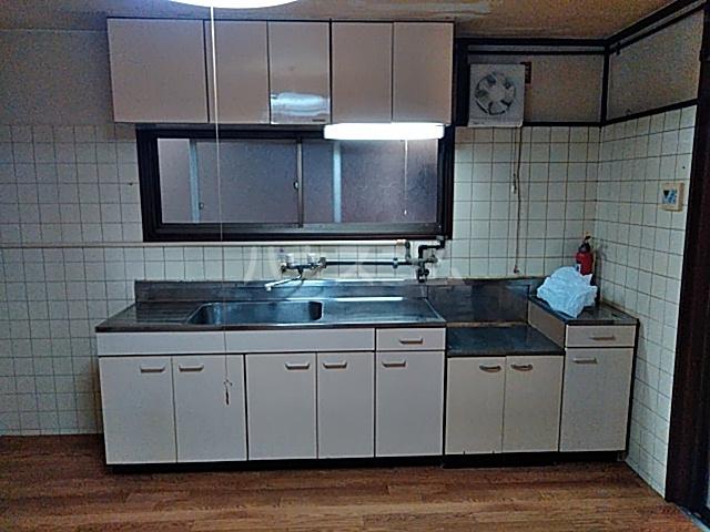 太秦一ノ井町貸家のキッチン