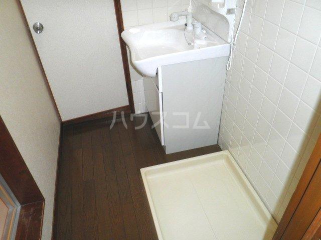 福本ハイツ1 101号室の洗面所