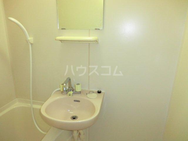 ハーバーレジデンスKANAJYU 103号室の洗面所