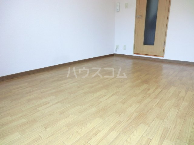 ハーバーレジデンスKANAJYU 103号室のベッドルーム
