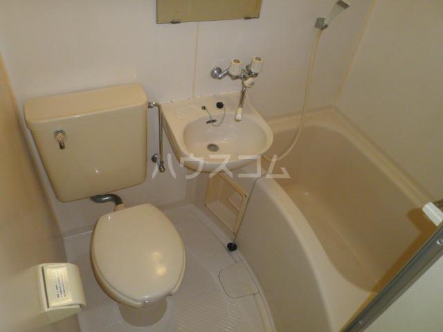 ヨーク取石 402号室の風呂