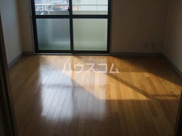 ラフィーネ大宮 Ⅱ番館 332号室の居室