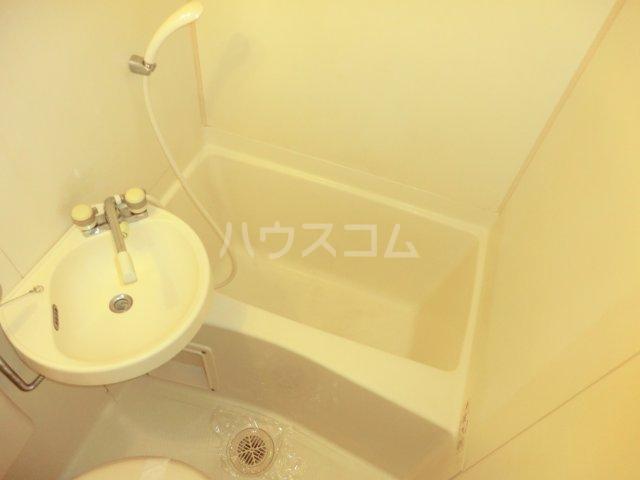 パレドゥブランシュ 213号室の風呂