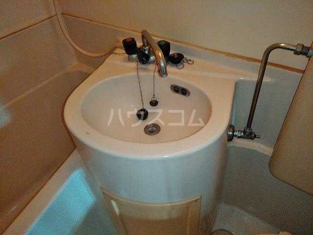 加藤コーポ 202号室の洗面所