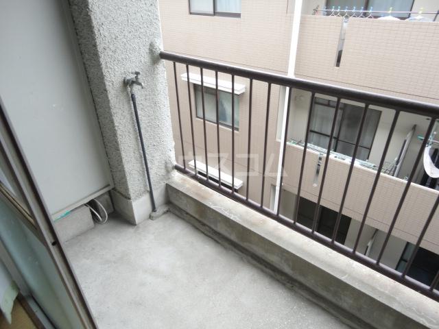 千萩マンションB棟 204号室のバルコニー