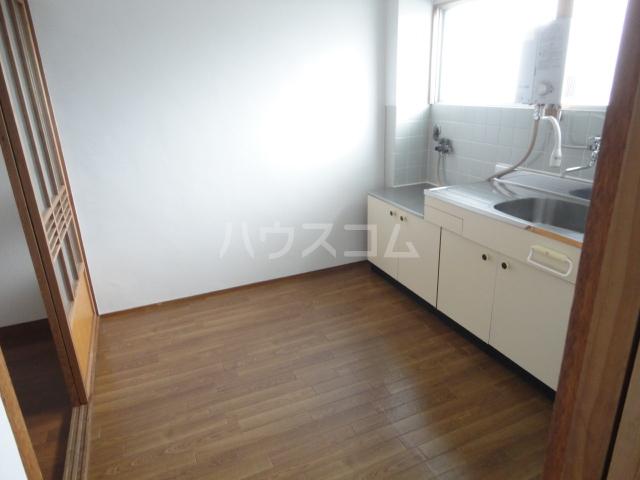 千萩マンションB棟 204号室のリビング
