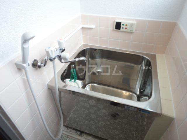 千萩マンションB棟 204号室の風呂