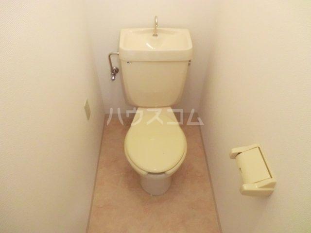 第一森ビル 302号室のトイレ