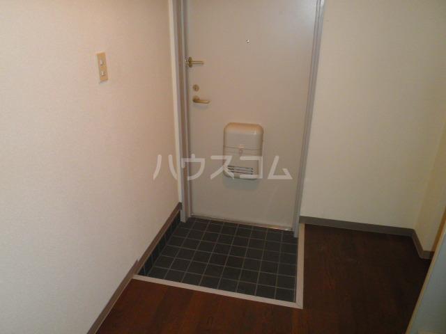 ヨーク取石 203号室の玄関