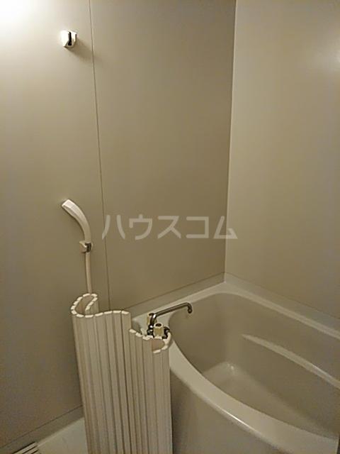 セゾンクレベールC棟 206号室の風呂