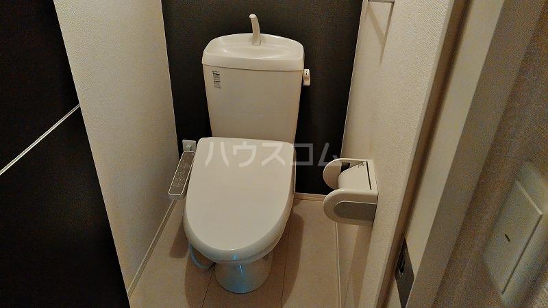 クラージュ G号室のトイレ