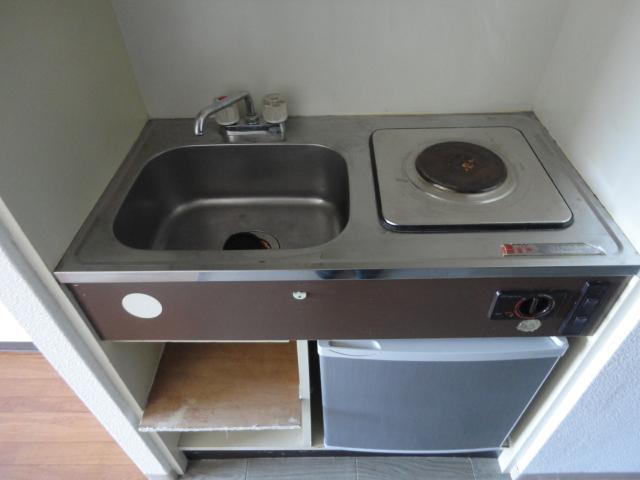 ラ・フォーレ池上 7E号室のキッチン