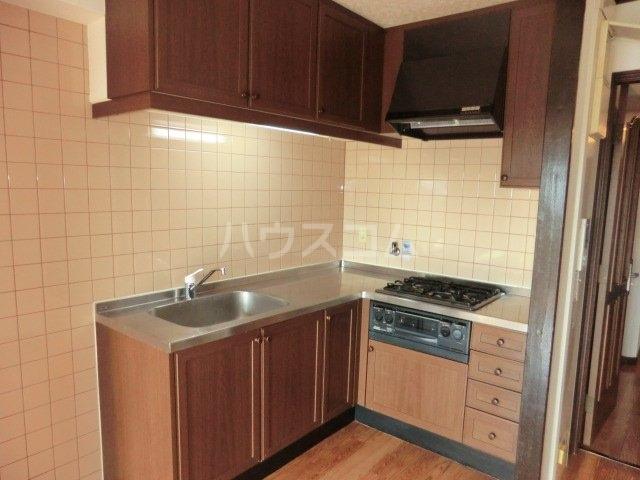 フィアテル岸和田 102号室のキッチン