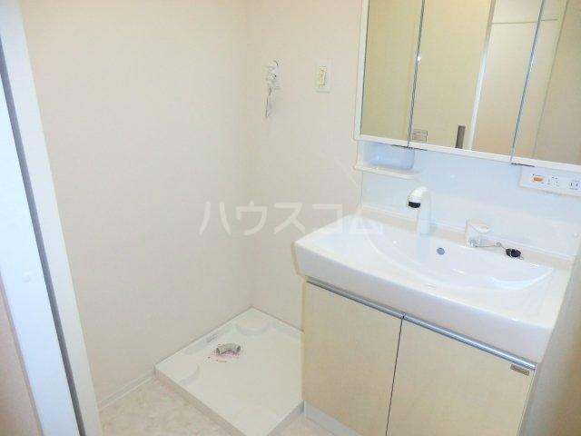 グランドフィルコース 103号室の洗面所