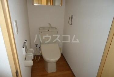 スーヴェラン・駒越 103号室のトイレ