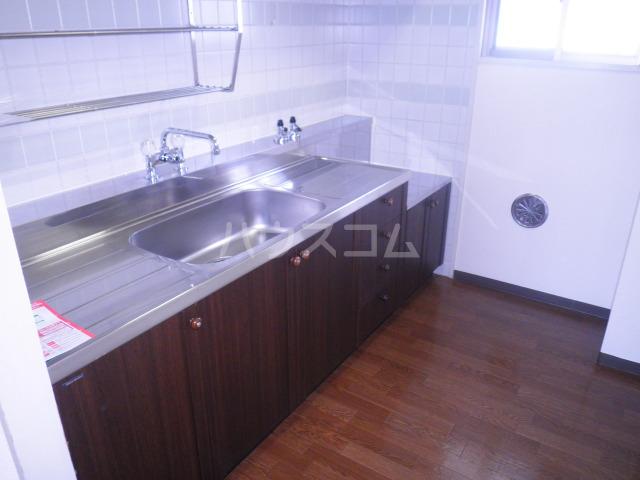 セントエルモ高石 402号室のキッチン