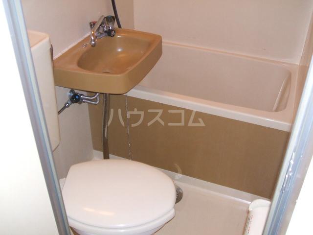 アネーロ岸和田 302号室の風呂