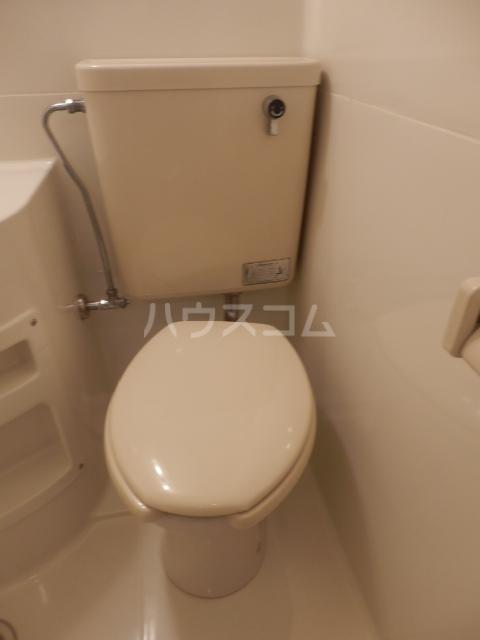 フラット1124 105号室のトイレ