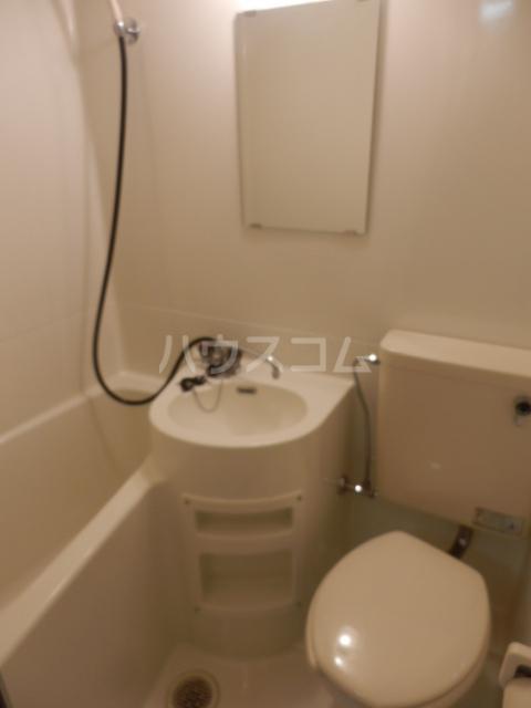 フラット1124 105号室の洗面所