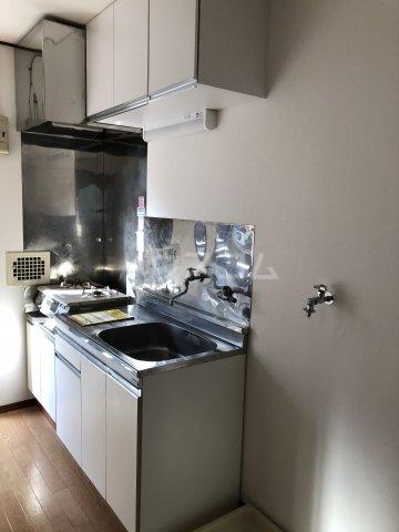 清水アパート 101号室のキッチン