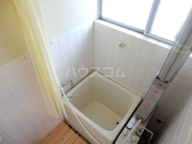 第2コーポラス三田 103号室の風呂