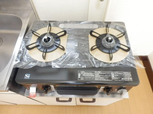 第2コーポラス三田 206号室のキッチン