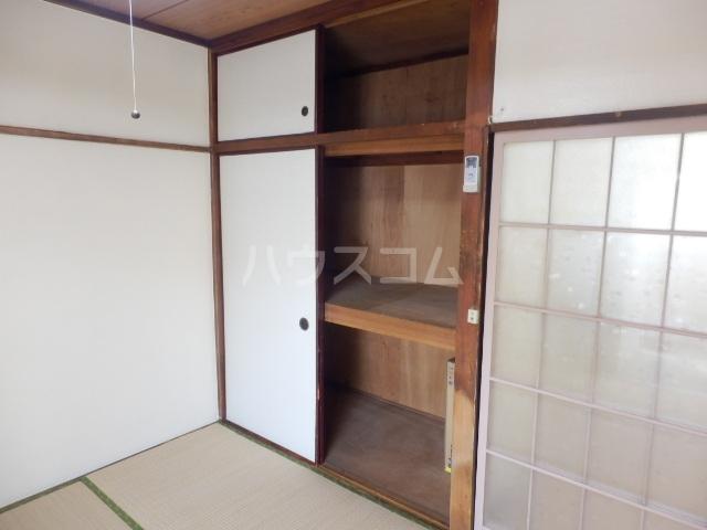 第2コーポラス三田 206号室の収納