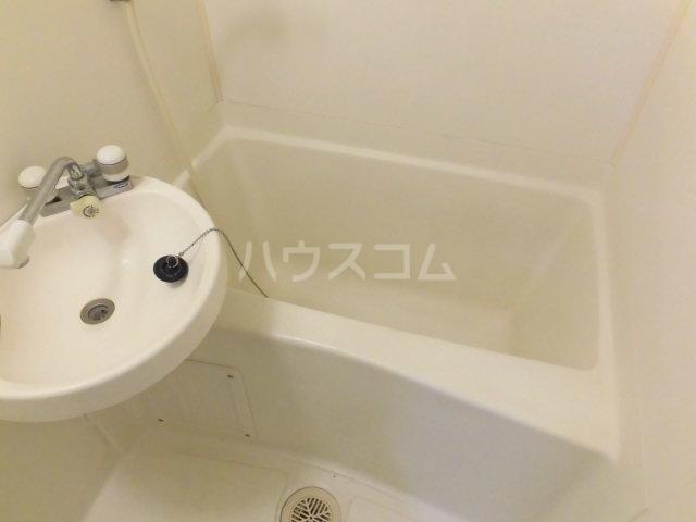 ジョイコーポ国立 101号室の風呂