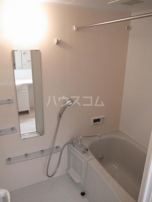 セレッサ ウーノ 102号室の風呂