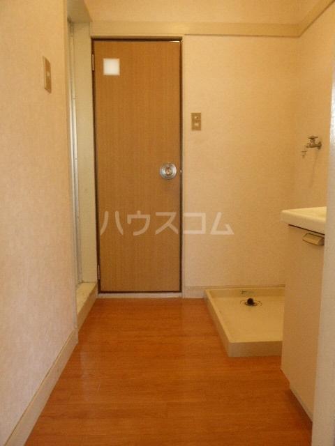 竹ノ下コーポB 3号室の駐車場