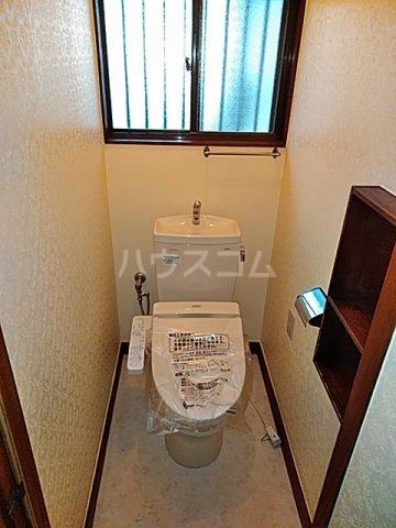 小杉様中之郷戸建てのトイレ