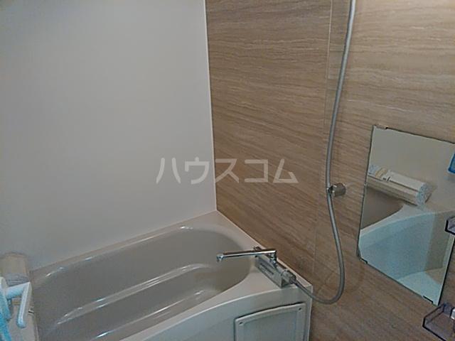 ハイミクス清水銀座 203号室の風呂