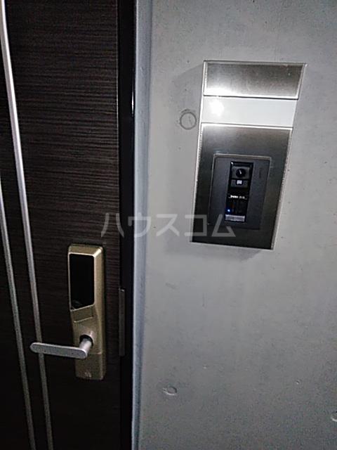 ハイミクス清水銀座 203号室の玄関