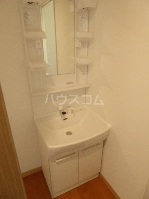 楠新田戸建てのトイレ