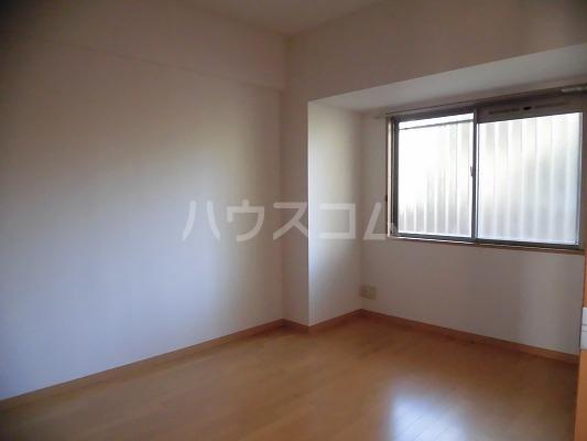 アレグリア 201号室の居室