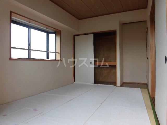 エスパスハマノ 501号室の居室