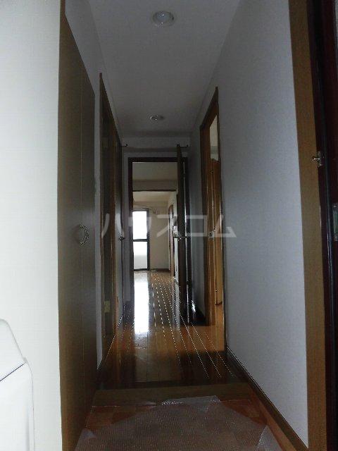 エスパスハマノ 501号室の玄関
