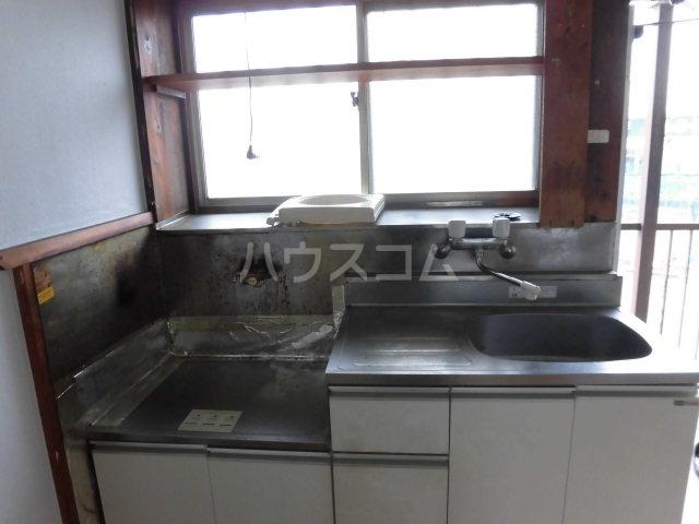 第3矢嶋荘 203号室のキッチン