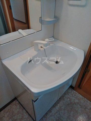 エスポワールⅡ 101号室の洗面所