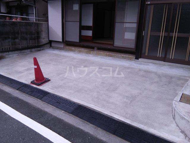 堀田借家 Bの駐車場