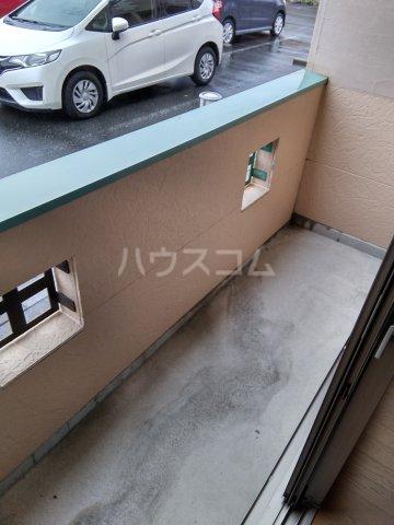 キャプリコーン エス B 103号室のバルコニー