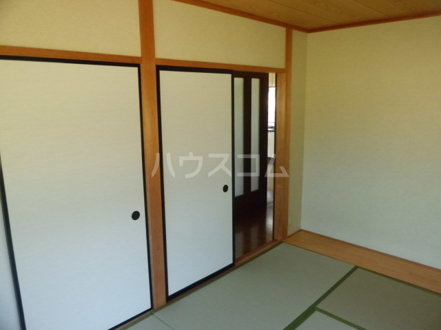 アコール 103号室の居室