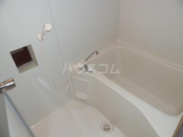 アコール 103号室の風呂