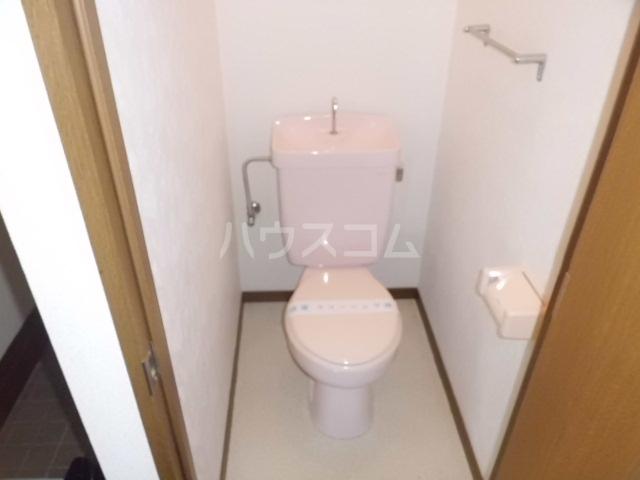 アコール 103号室のトイレ