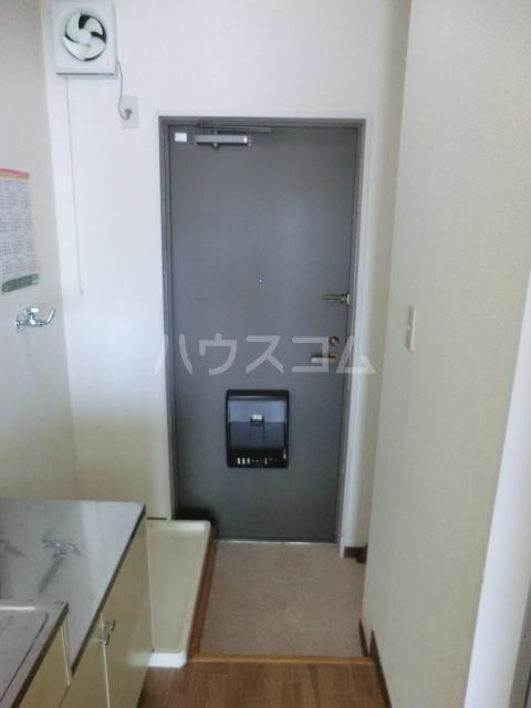 梅田ビル 205号室の玄関