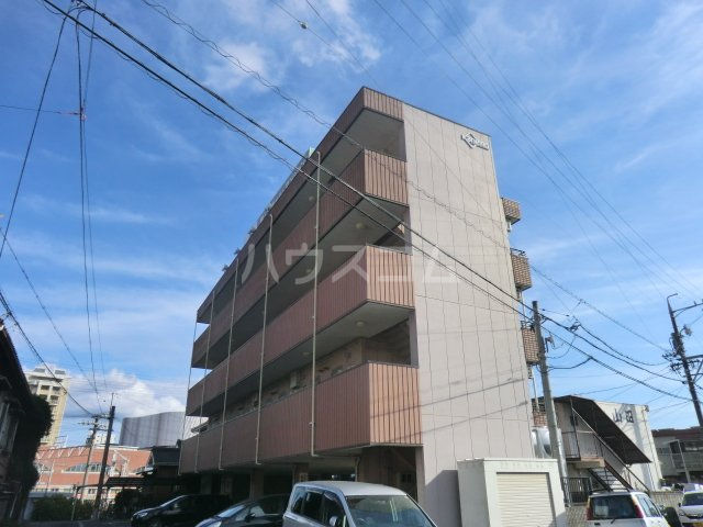 梅田ビル 205号室のエントランス