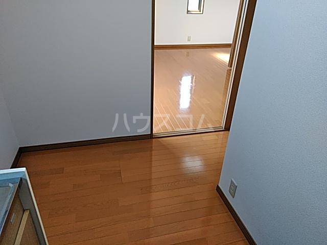 アズール5 102号室の居室