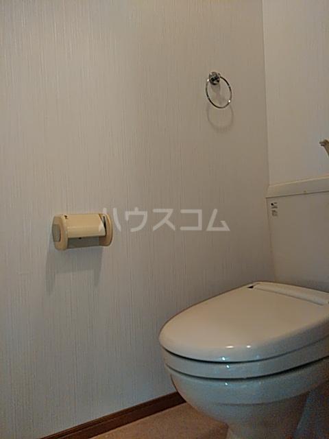 アズール5 102号室のトイレ