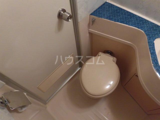 メゾン・ド・ノア天神町 406号室のトイレ