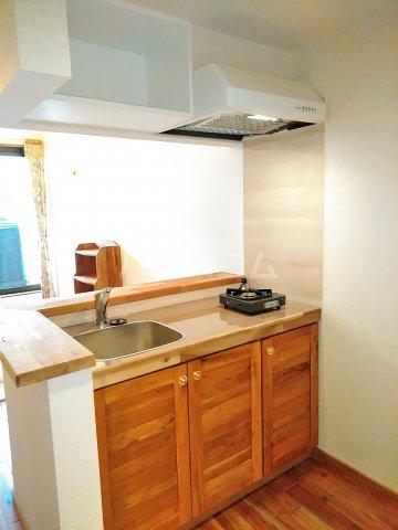 セザンヌ小坂井 202号室のキッチン